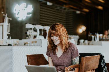 セールスライティングでWEB上に24時間働くセールスマンを雇う方法