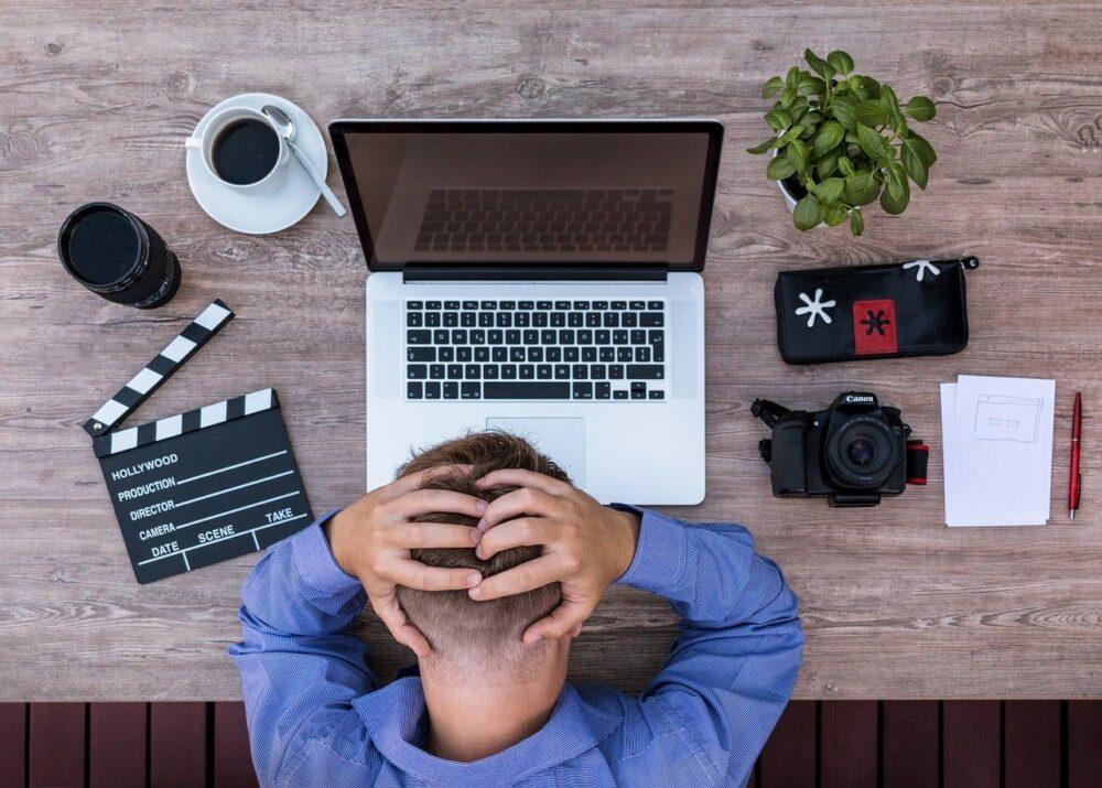 セールスライティングのテクニック①|認知的不協和で興味を引く